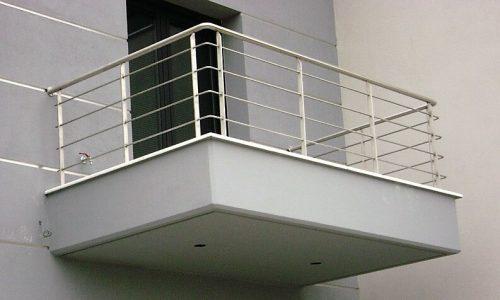 balustrada-balkonowa-ze-stali-nierdzewnej