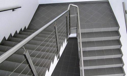 balustrada-na-klatke-schodowa