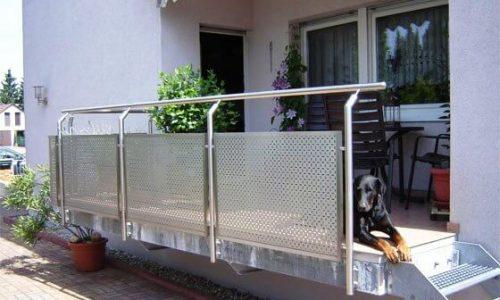 balustrada-na-taras-ze-stali-kwasowej