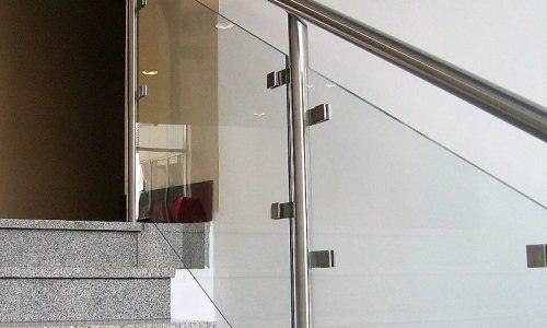 balustrada-ze-szklem