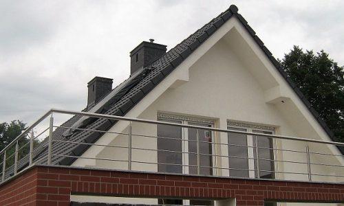 blustrada-nierdzewna-na-balkon