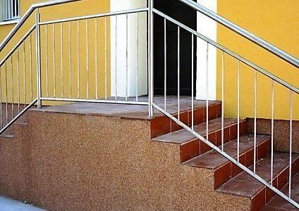 klasyczna-balustrada-nierdzewna