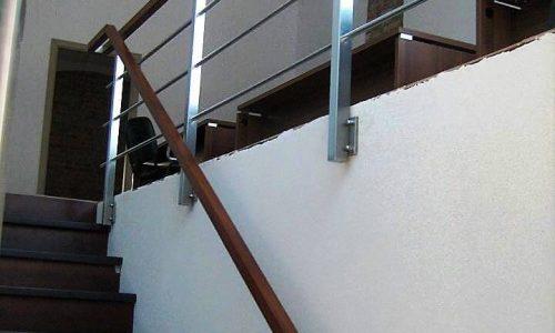 pochwyt-na-schodach