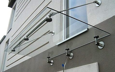 dach-szklany-na-odciagach