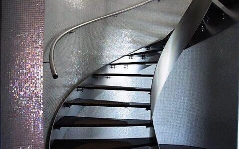 krecone-schody-stal-nierdzewna