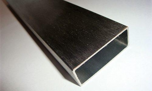 profil-ze-stali-nierdzewnej-szlifowany